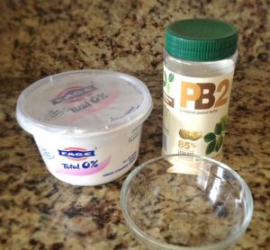 Protein pancake yogurt topping